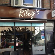Project Signs - Riley's Main Sign